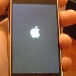 Solution To iPhone 4/3GS/3G Stuck on Apple Logo